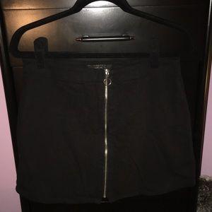 Forever 21 zip up skirt